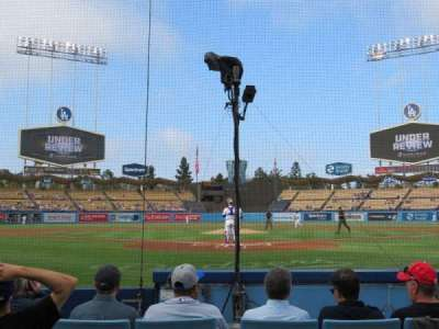 DODGER STADIUM, section: 1DG, row: FF, seat: 3