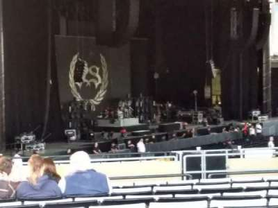 Hollywood Casino Amphitheatre (Tinley Park), section: 207, row: BBB, seat: 22