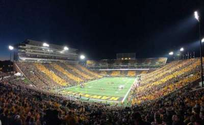 Kinnick Stadium, section: 213, row: 25, seat: 15