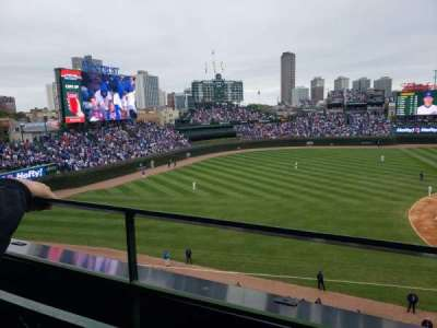 Wrigley Field, section: 409, row: 1, seat: 102