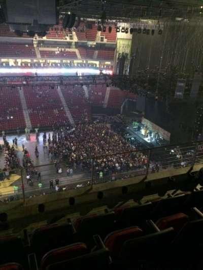 Pinnacle Bank Arena, section: 304, row: 4, seat: 23