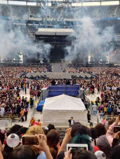 MetLife Stadium, section: 126, row: 23, seat: 17