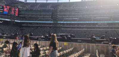 MetLife Stadium, section: 7, row: 4, seat: 1