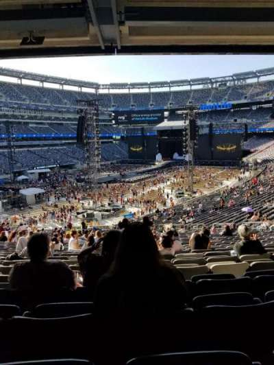 MetLife Stadium section 121