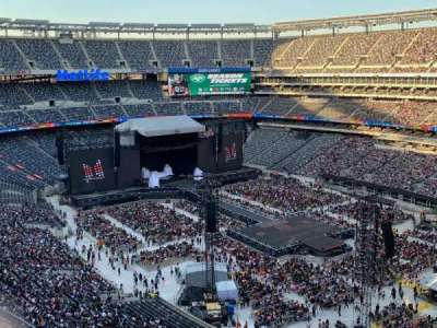 MetLife Stadium section 332