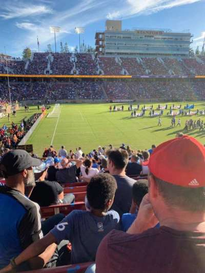 Stanford Stadium, section: 137, row: V, seat: 5