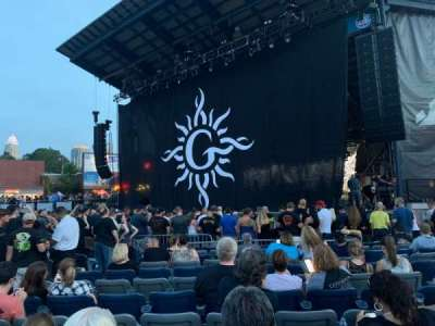 Charlotte Metro Credit Union Amphitheatre, section: 101, row: 16, seat: 20 and 21