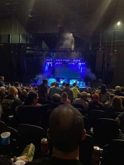 Hollywood Casino Amphitheatre (Tinley Park), section: 103, row: HH, seat: 4
