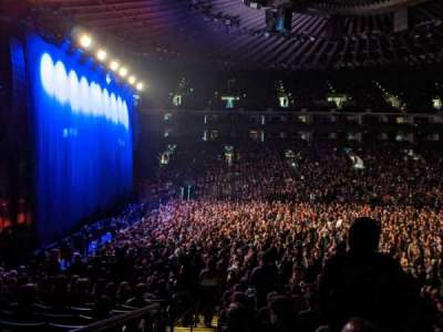 Oakland Arena, section: 115, row: 13, seat: 16