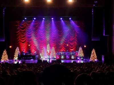 Wang Theatre, section: Orchestra C, row: EE, seat: 105