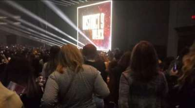 Rosemont Theatre, section: 106, row: T, seat: 3
