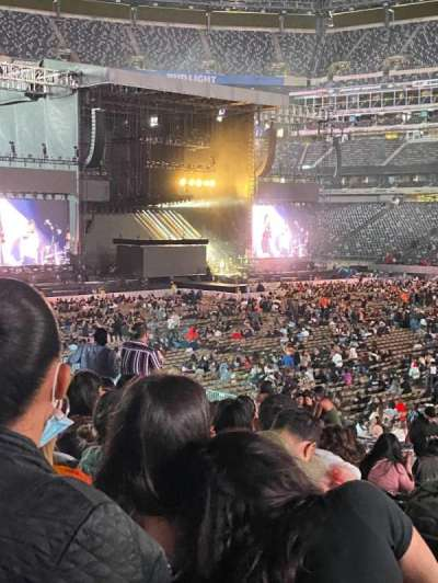 MetLife Stadium, section: 135, row: 24, seat: 22