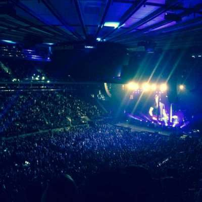 Madison Square Garden, section: 208, row: 5, seat: 6