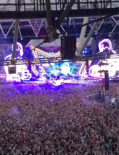 London Stadium, section: 253, row: 71, seat: 787
