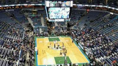 BMO Harris Bradley Center, section: 412, row: R, seat: 8