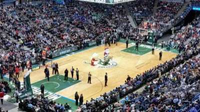 BMO Harris Bradley Center, section: 428, row: H, seat: 8