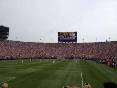 Michigan Stadium, section: 31, rangée: 3, siège: 1