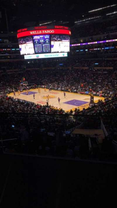 Staples Center section Suite A2