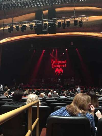 Fox Theater at Foxwoods, section: ORCH Center, row: V