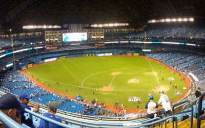 Rogers Centre, section: 528, row: 7