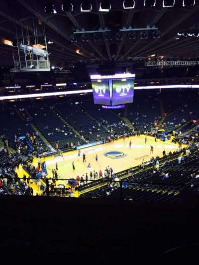 Oracle Arena, section: 220, row: 4, seat: 3