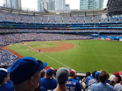 Rogers Centre, section: 212R, row: 9, seat: 10 and 11