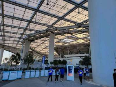 SoFi Stadium, section: entry 10
