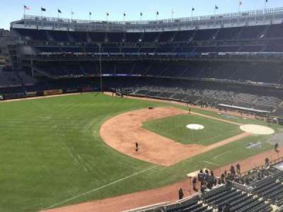 Yankee Stadium, section: 328, row: 1, seat: 19