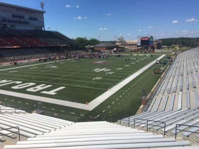 Veterans Memorial Stadium, section: 121, row: 20, seat: 1