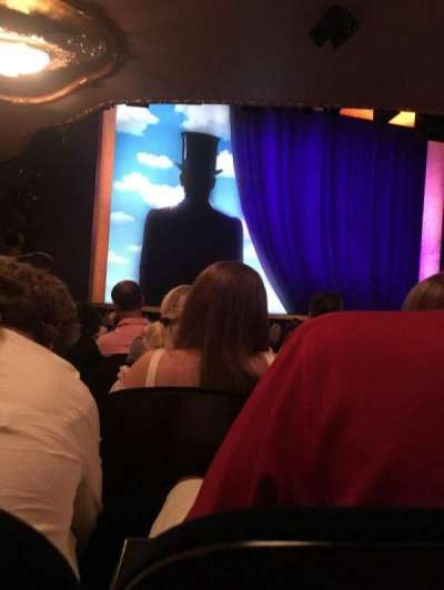 Lunt-Fontanne Theatre, section: Orchestra Left, row: T, seat: 5