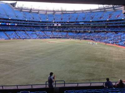 Rogers Centre, section: 139L, row: 11, seat: 102
