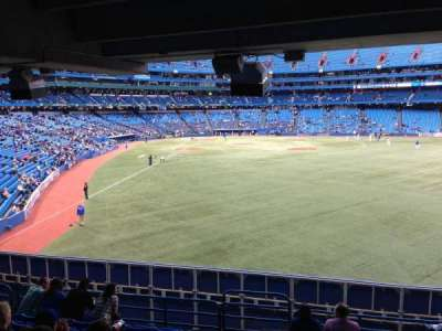 Rogers Centre, section: 107R, row: 9, seat: 1