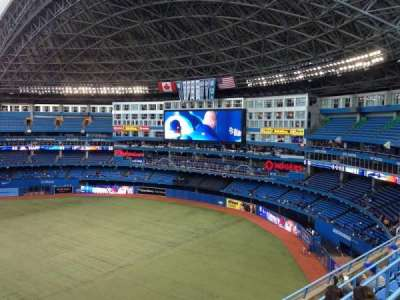 Rogers Centre, section: 514L, row: 4, seat: 101