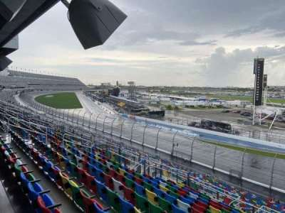 Daytona International Speedway, section: 174, row: 37, seat: 26