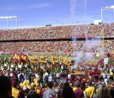 TCF Bank Stadium, section: 135, row: 17