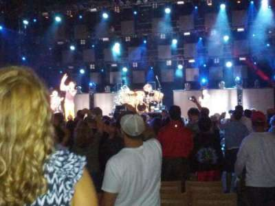 Jones Beach Theater, section: 9R, row: S, seat: 1