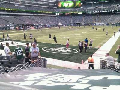 MetLife Stadium, section: 123, row: 10, seat: 7