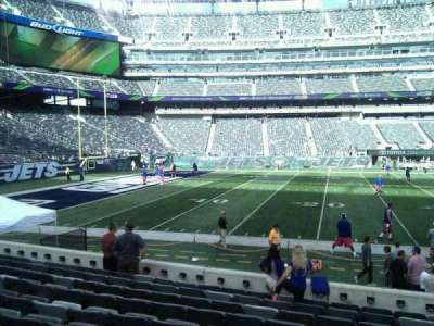 MetLife Stadium, section: 142, row: 10, seat: 8