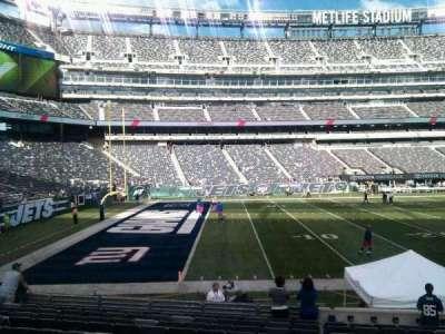 MetLife Stadium, section: 143, row: 14, seat: 6