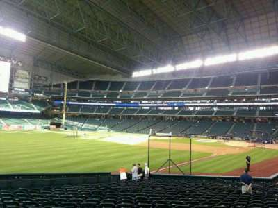 Minute Maid Park, section: 106, row: 22, seat: 10