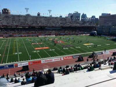 Percival Molson Memorial Stadium, section: h2, row: 1, seat: 23