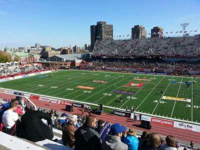 Percival Molson Memorial Stadium, section: e2, row: 5, seat: 13