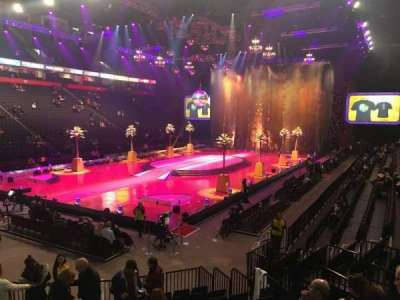 Manchester Arena, section: 111, row: L, seat: 5