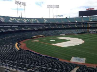 Oakland Coliseum, section: 207, row: 3