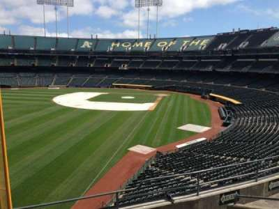 Oakland Coliseum, section: 231, row: 3