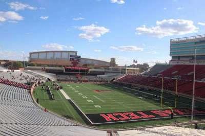 Jones AT&T Stadium , section: 113, row: 16, seat: 16