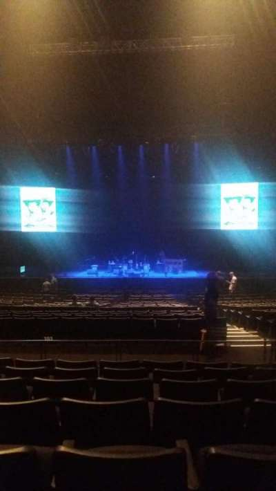 Verizon Theater, section: 204, row: GG, seat: 4