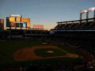 Citi Field, section: 327, row: 6, seat: 18