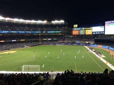 Yankee Stadium section 211