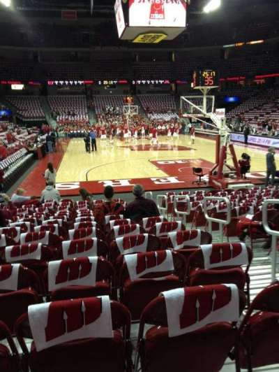 Kohl Center, section: 102, row: A, seat: 4